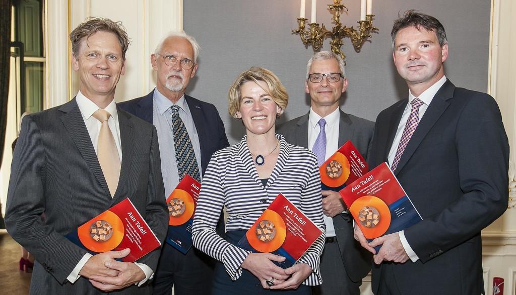 Olaf Wilders, Roel in 't Veld (begeleider), Cecile Schut, Michiel van der Heijden, Robert van der Laan